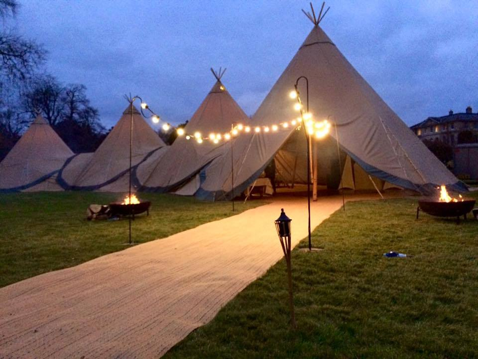 Christmas Tipi Hire B