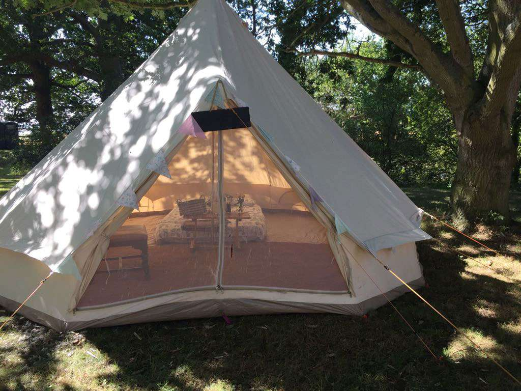 Shakespeare v.i.p glamping at chillham castle C