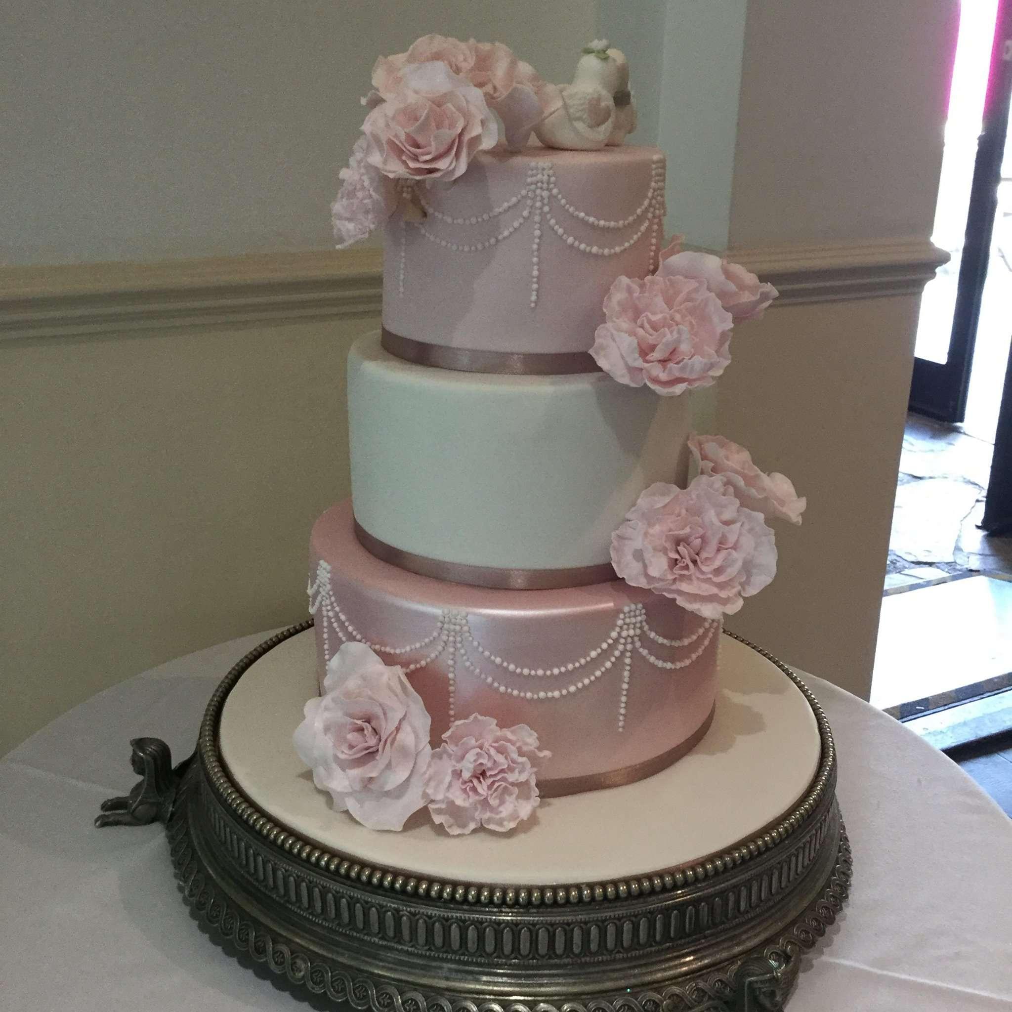 B's Cake Creations